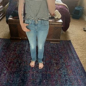 LUCKY BRAND JEANS NEW WITH TAGS ! Rip details